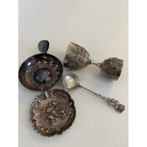 213 - 4 small foreign white metal pieces including cocktail measure