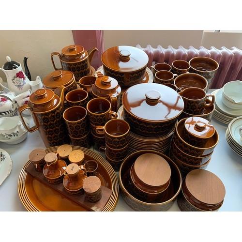 287 - 116-pieces Hornsey 'Heirloom' dinner ware