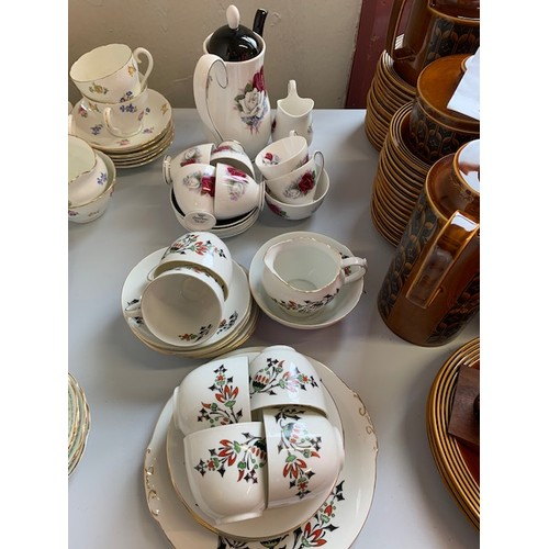 288 - Victoria 15-piece tea set and 15-piece Queen Anne tea set