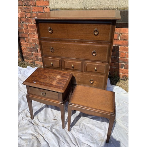 575 - Stag 5-ht chest of drawers 32