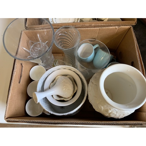 658 - Two boxes of crockery and glassware including heavy 12