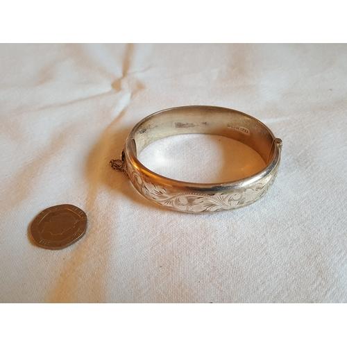 59 - HM silver bangle...