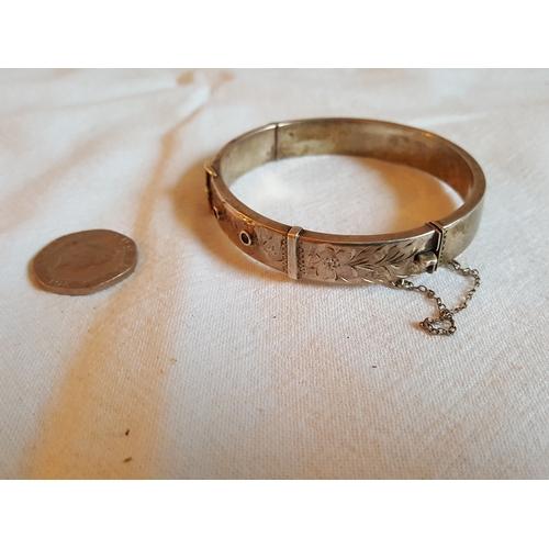 60 - HM silver belt style bangle...