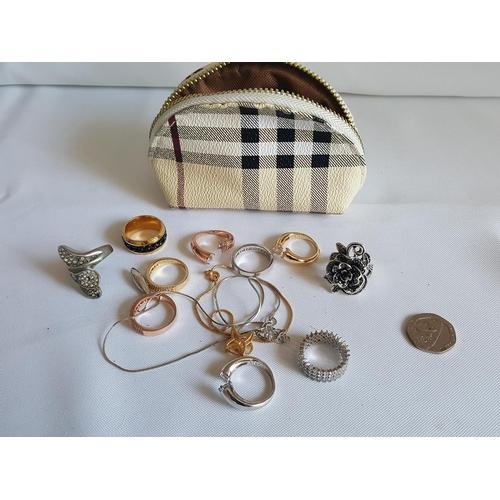 35 - quantity of costume jewellery...