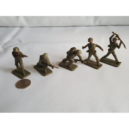 5 - 5 Crescent 1960s/70s soldiers...
