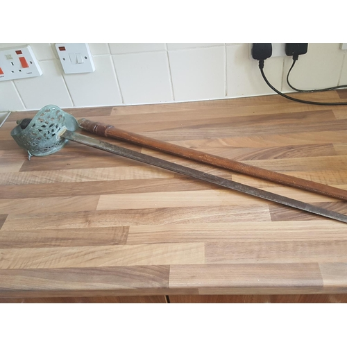 11 - George V cavalry sword...