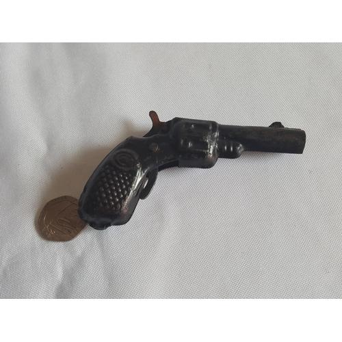 9 - vintage toy gun...