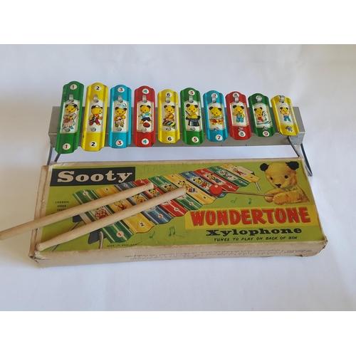 18 - vintage Sooty Wondertone xylophone