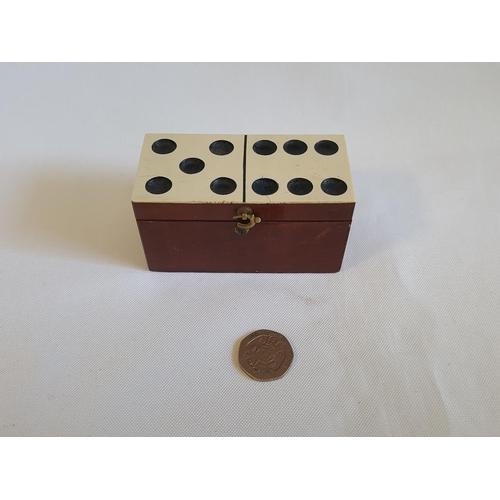 33 - vintage boxed miniature dominoes