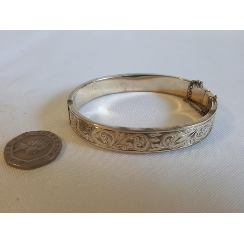38 - HM silver bangle