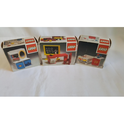 2 - 3 1970s incomplete Lego sets