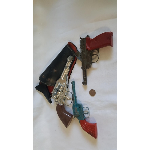 3 - 3 vintage toy guns