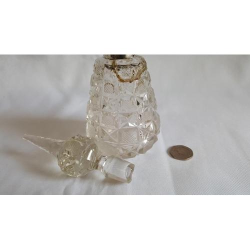 42 - HM silver perfume bottle a/f