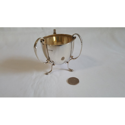 54 - HM silver 3 handled cup by Walker & Hall 104g c1960