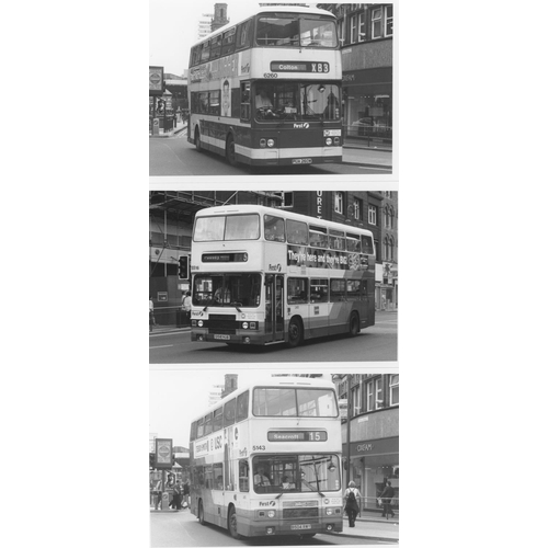 49 - U.K.Bus, Black & White ( a few colour noted) postcard size prints, approx. 200. A good record of bus...