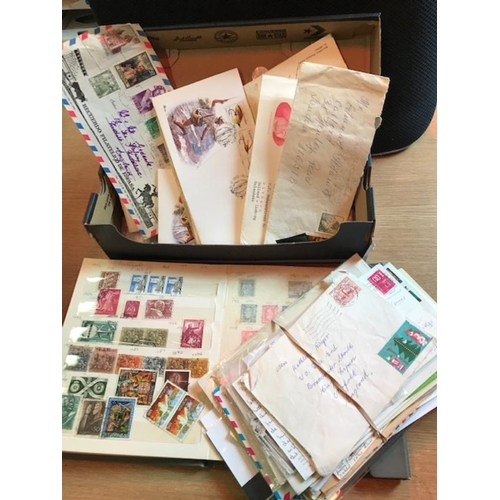 34 - Very large fine Glory box. Europe & the rest of the World. No Commonwealth & GB. 2 cover albums, sto...