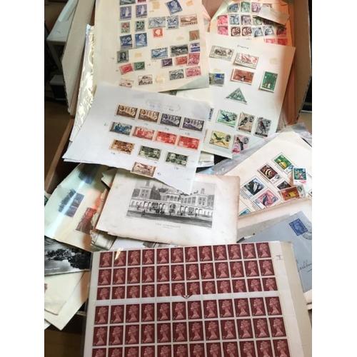 41 - Big old glory box, vast amount to sort (1000s)
