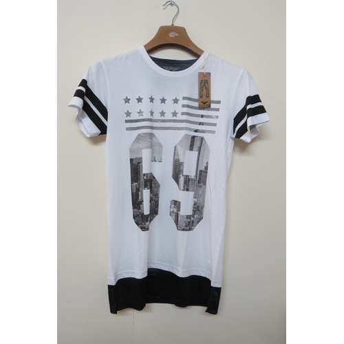 22 - Brand New Mens Gnious T- Shirt Style - Suggo in a White Colour - Size M...