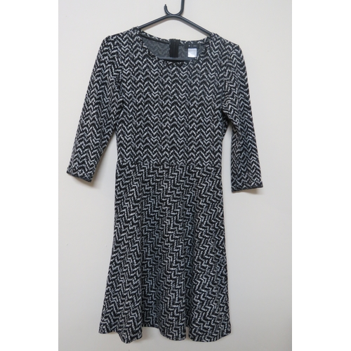 43 - Ladies La Redoute Dress - Size 6-8...