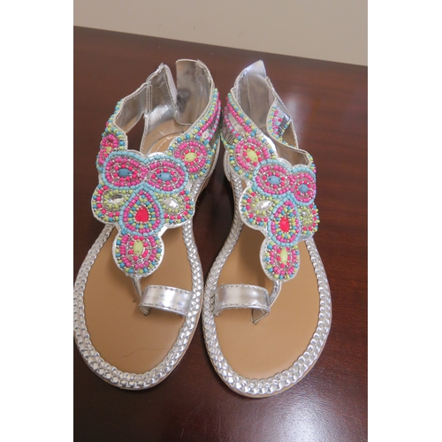 67 - Monsoon Girls sandals UK 12...
