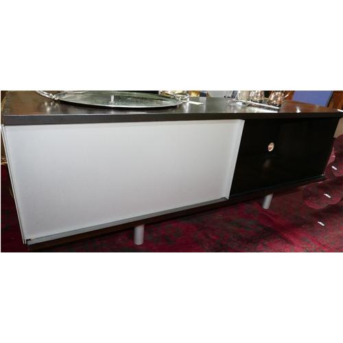 295 - A Italian designer sideboard by Sangiacomo, H.60 W.170 D.44cm...