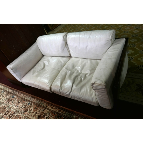182 - A 1970's white leather sofa by Tobia Scarpa in teak frame. L.150 H.54 D.76cm...