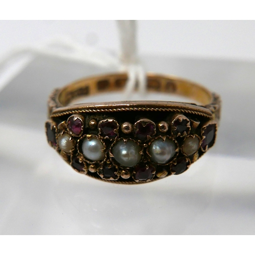 1012 - A 15ct yellow gold, Georgian, graduated pearl and ruby ring with hand-carved shoulders, Size: N 1/2,...
