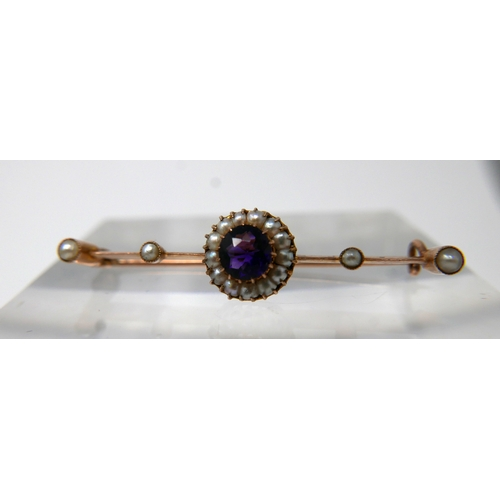 1108 - A 9ct yellow gold Victorian, amethyst and pearl cluster bar brooch, 1 x 4cm, 2g....