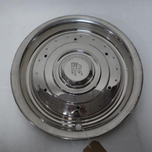 81 - A vintage Rolls Royce alloy hub cap, D.42cm...