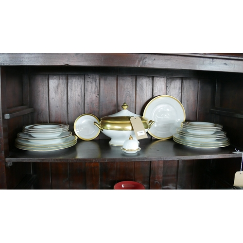 1181 - Legle Limoges – White porcelain and 18ct yellow gold finish collection: 1 large tureen and cover, 6 ...