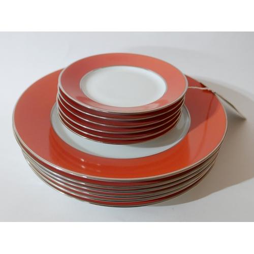 1210 - Legle Limoges – Coral porcelain/platinum finish collection: 6 large dinner plates Dia: 16cm, 6 side ...