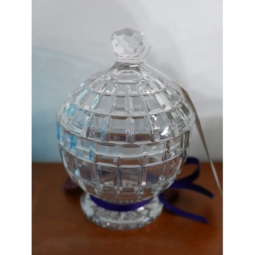 1241 - A William Yeoward smaller spherical cut crystal pot and cover, H: 18cm, RRP: £260...