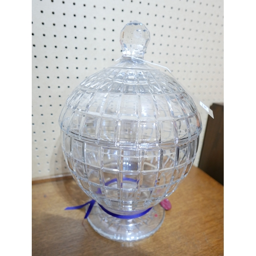 1163 - A very large, William Yeorward, spherical, cut crystal lidded centre-piece, H: 46cm, RRP: £1750....