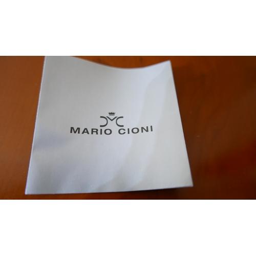 1251 - A boxed, Mario Cioni, Italian, cut-glass, clear decanter and stopper, 'Guilia' range, H: 32cm....