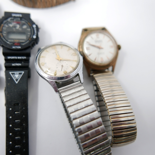 141 - A collection of gentleman's wristwatches, to include Rotary, Ramona, and others (qty)...