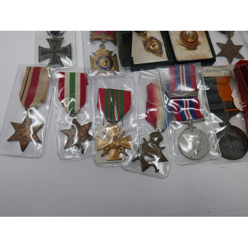 213 - A collection of 22 various medals...