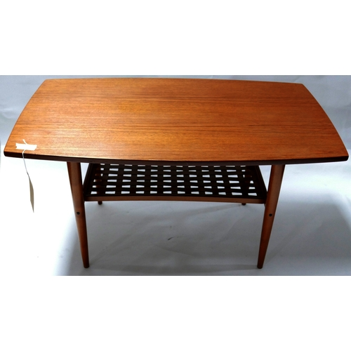 236 - A mid 20th century teak coffee table, H.49 W.92 D.53cm...
