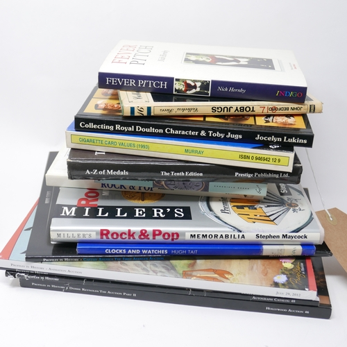 199 - A collection of 13 collectors books...