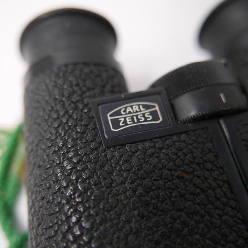 290 - A pair of vintage Carl Zeiss Dialyt 8x30 binoculars...