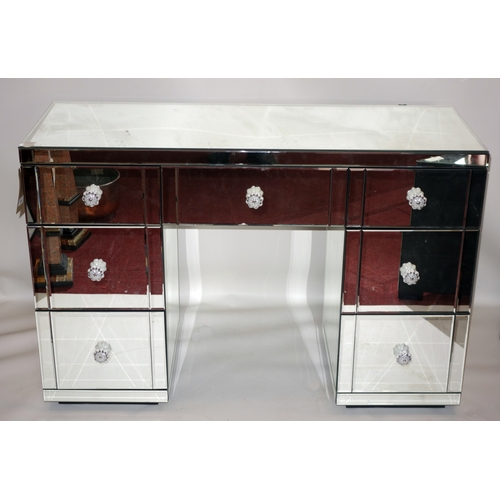 330 - A contemporary mirrored pedestal desk, H.81 W.120 D.45cm...