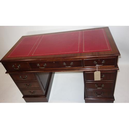 363 - A Georgian style mahogany pedestal desk, H.79 W.125 D.61cm...
