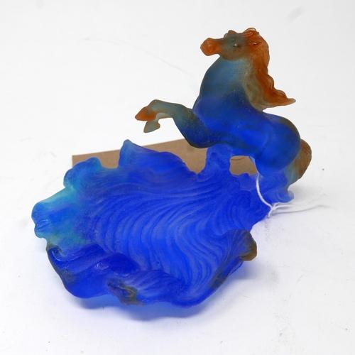 366 - A Daum pate de verre glass horse dish, signed. H: 10cm, W: 15cm....