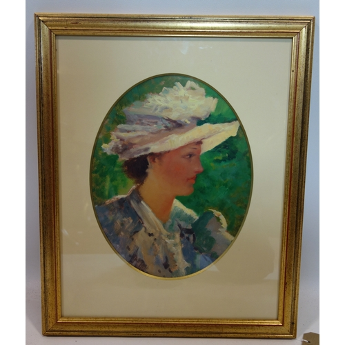 354 - 20th century school, portrait of a lady, oil, feigned to oval, in gilt painted frame, 35 x 27cm...