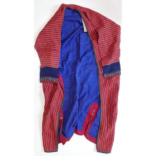 62 - A Turkoman men's tunic, striped design, H.105cm...