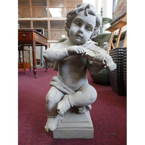 186 - A cherub playing the violin, seated on a socle base, H.50cm...