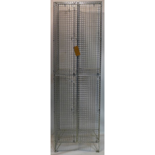 369 - A steel cage locker, H.197 W.60 D.31cm...