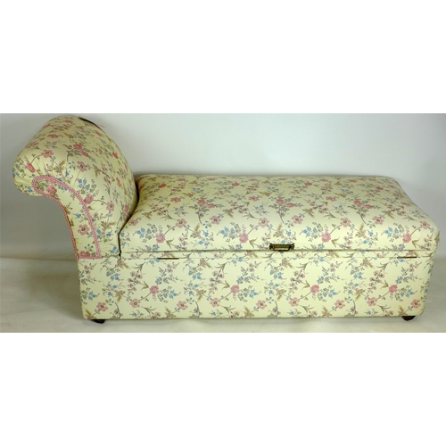 222 - An Edwardian ottoman chaise long, recently upholstered in William Morris style fabric...