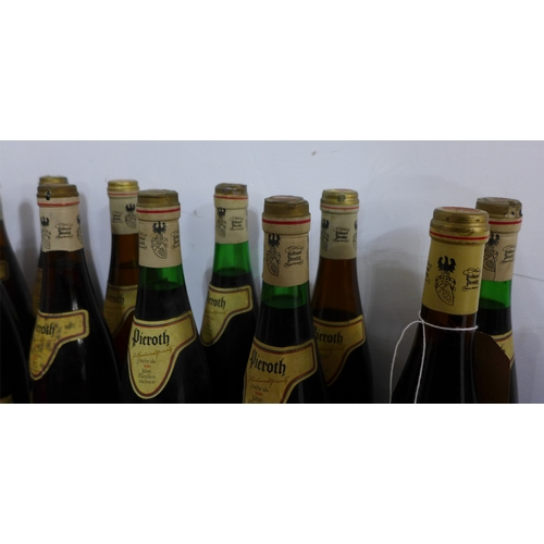 61 - A collection of 13 bottles of German wine, to include Ockenheimer st Rochuskapelle Auslese 1971, 2 b...