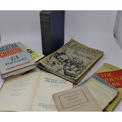 315 - A good collection of 8 books to include 'Jacobs room' by Virginia Woolf, 'third girl' and '13 for lu...