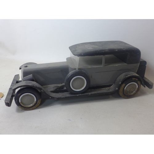 245 - A vintage vilac Aroutcheff wooden model of a car, H.14 W.39 D.17cm...